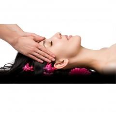 sleep-inducing-massage-oil-lifestyle-image