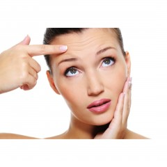 anti-aging-and-wrinkle-cream-lifestyle-image